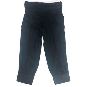 Athleta Black Crop Jogger Pants Size 4